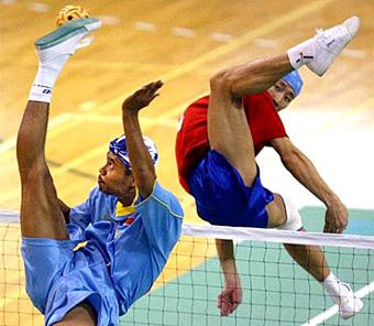 Une image qui va donner à plus d'un de s'initier au Volley ball  Photos à la